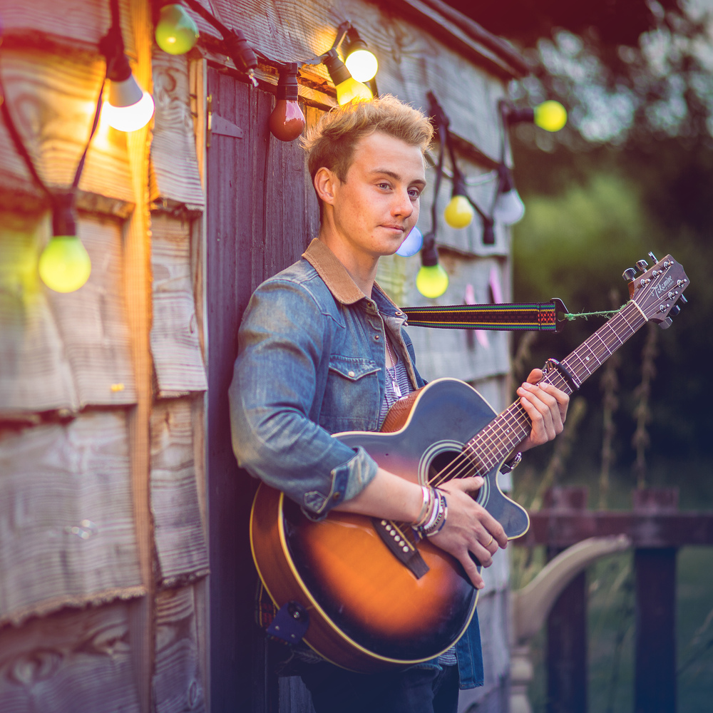 singer-song-writer-winchester-artist-photography-album-cover-Ollie-Wade-30026.jpg