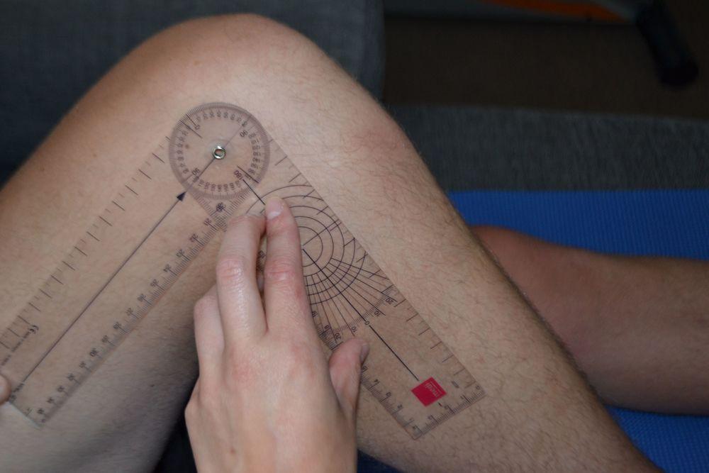 knee physio 1.jpg