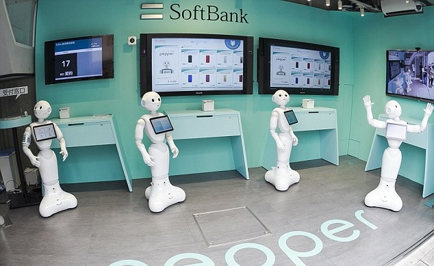 3283462400000578-3507541-SoftBank_has_replaced_staff_with_a_team_of_10_humanoid_Pepper_ro-a-34_1458814483836.jpg