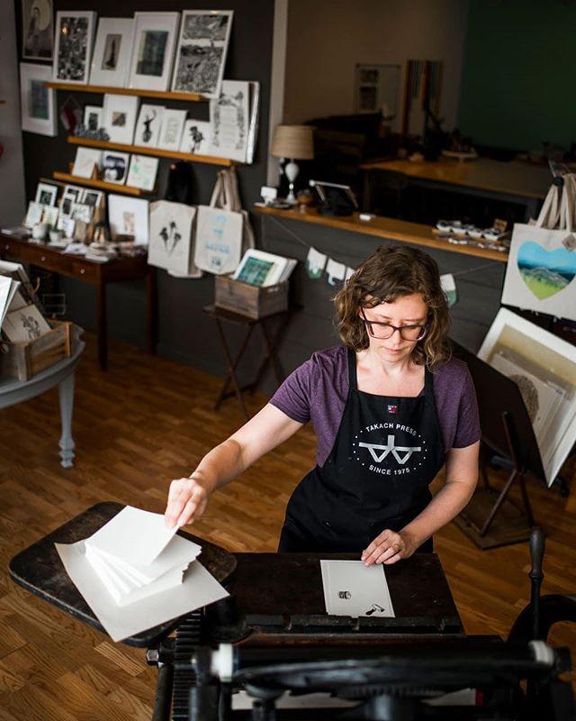 Don't miss our letterpress demonstrations today at Starfangled Press! As the Arts in March celebration continues, we will be printing on our 1907 Chandler and Price platen press named Marshall. Many other artists around town will be providing live demonstrations throughout out the day, so be sure to join us in downtown Brevard. 📷 @mcdowellphotoproject  #starfangledpress #printmaking #letterpress #artsinmarch #brevardnc #transylvaniatrue