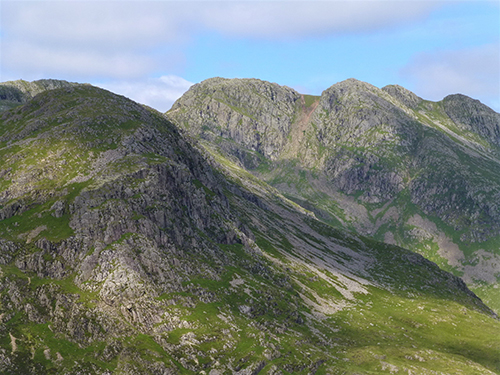 6.5-The-start-of-Crinkle-Crags-over-the-Great-Knott.jpg