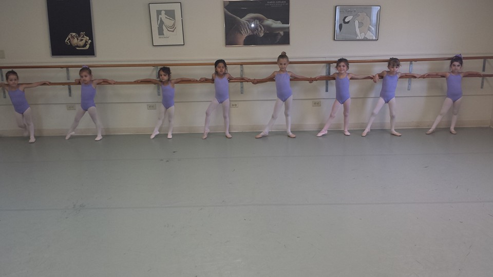 pre ballet tendu.jpg