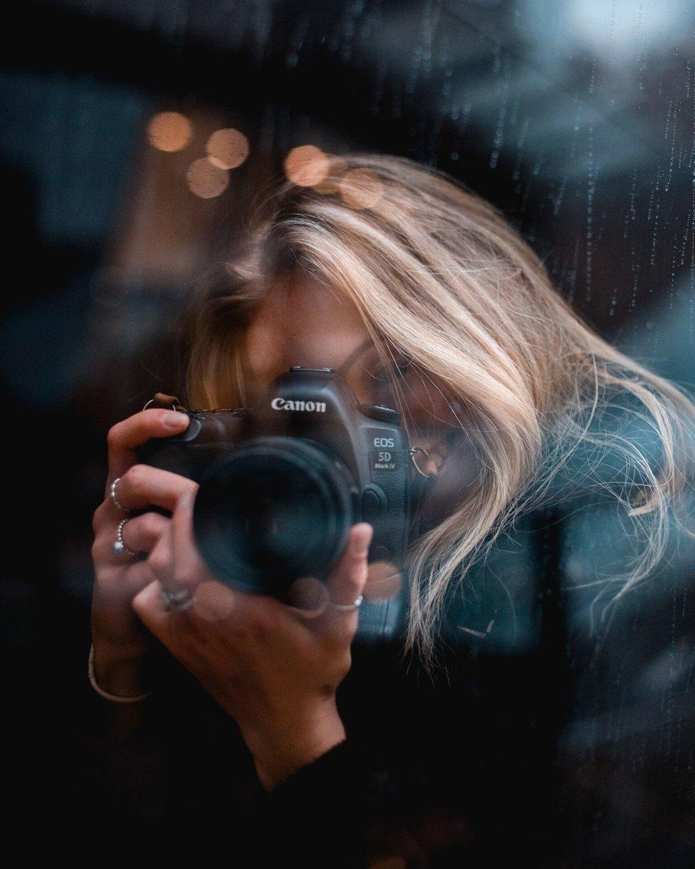 London_Portraits_NicoleHains-04533_preview.jpeg