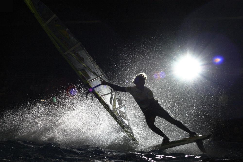 London boat show _ windsurf indoor