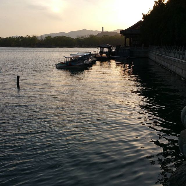 This is why we love to travel #beijing #summerpalace #travel #nofilter