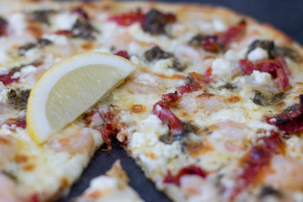 shrimpscampipestopizza2