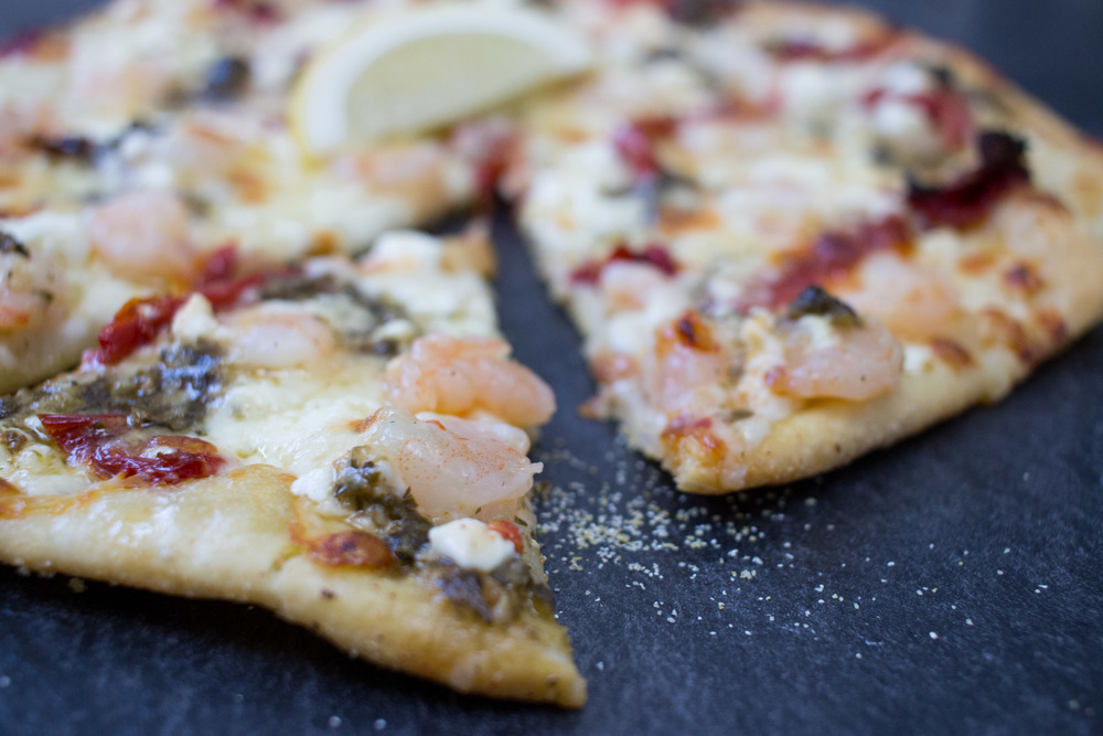 shrimpscampipestopizza