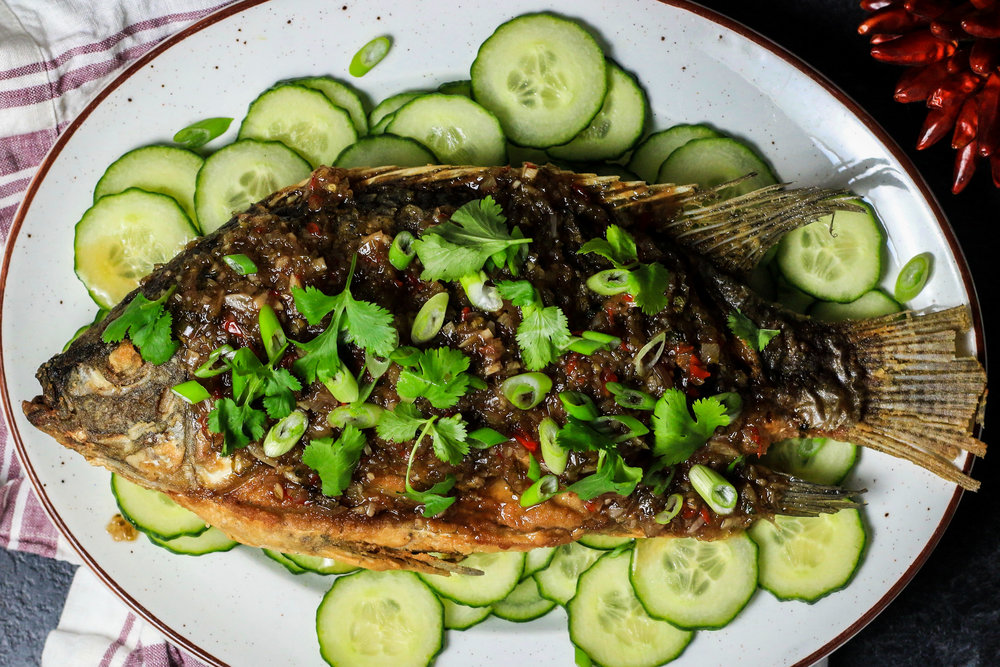 Whole Thai Fried Fish with Sweet and Spicy Chili Sauce