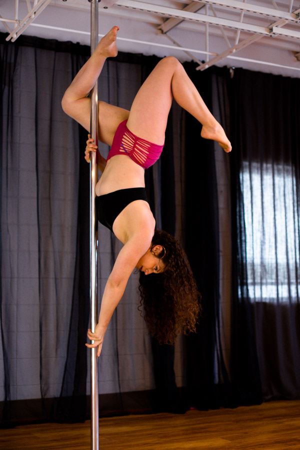 Knockout_Bodies_pole_dance_fitness_whippoorwill_photography-6860.jpg