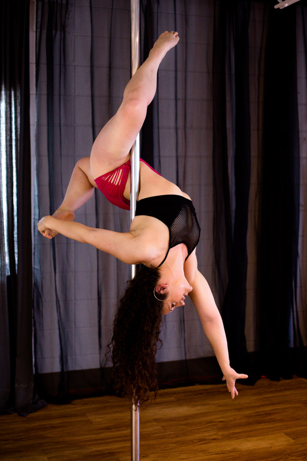 Knockout_Bodies_pole_dance_fitness_whippoorwill_photography-6897.jpg