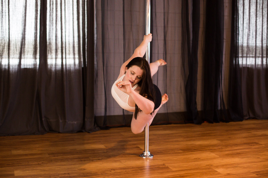 Knockout_Bodies_pole_dance_fitness_whippoorwill_photography-7283.jpg