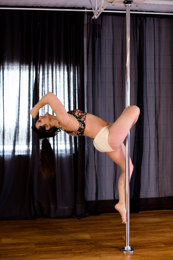 Knockout_Bodies_pole_dance_fitness_whippoorwill_photography-7615.jpg