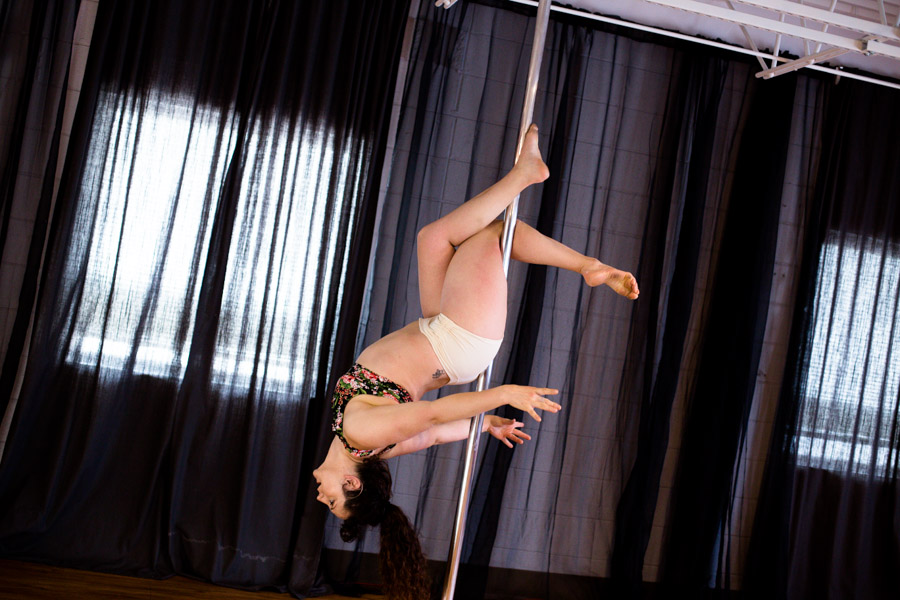 Knockout_Bodies_pole_dance_fitness_whippoorwill_photography-7653.jpg