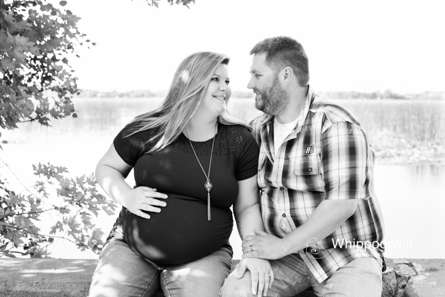 Ludewig_maternity_session_lake_calhoun_spicer_minnesota_whippoorwill_photography-0430.jpg