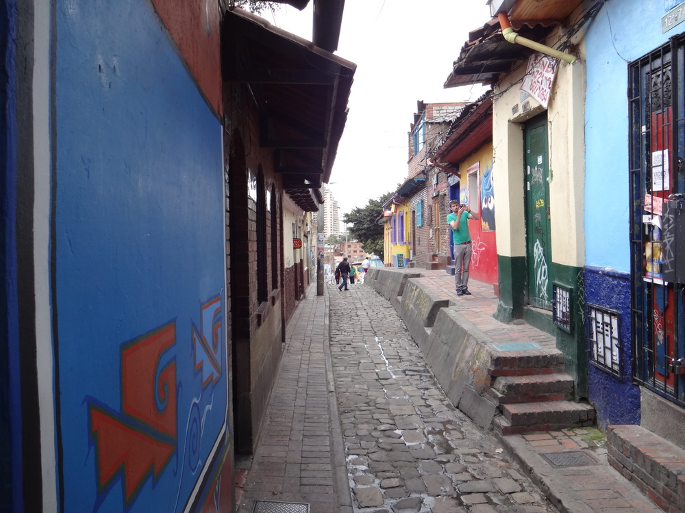 The narrow streets of La Candelaria.