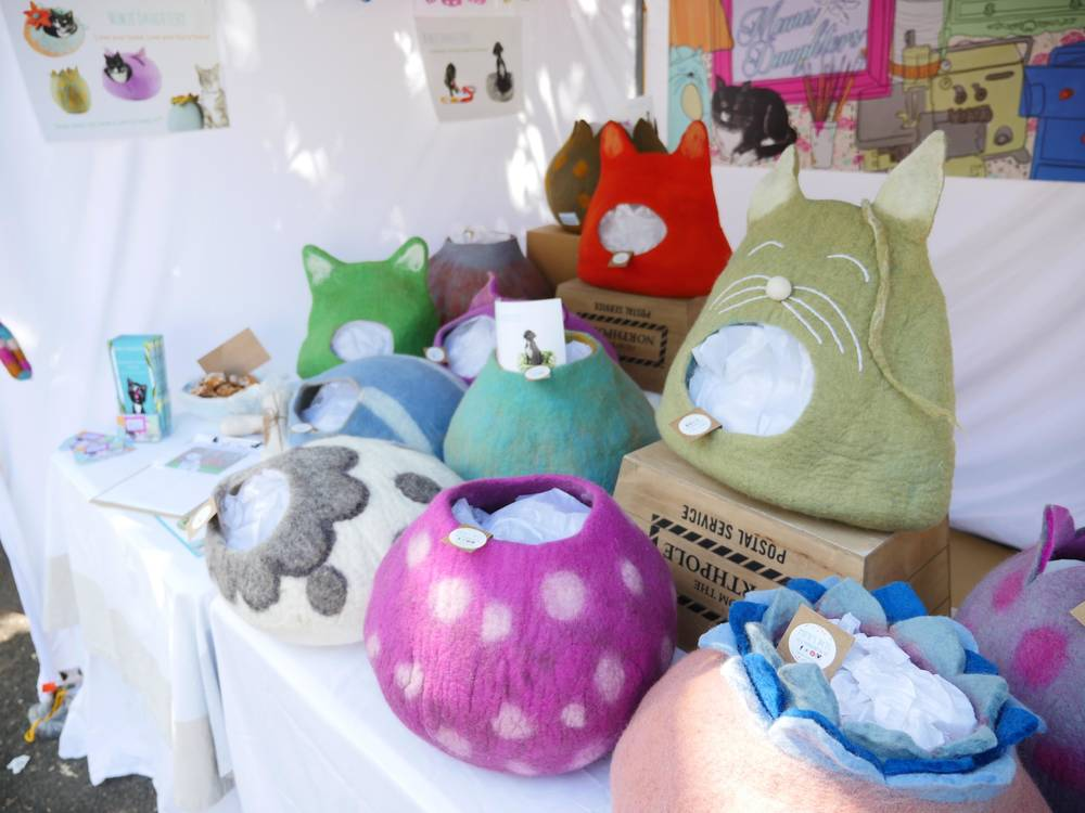North-sydney-market-Mimisdaughters-catcaves-catigloo-catbed4.jpg