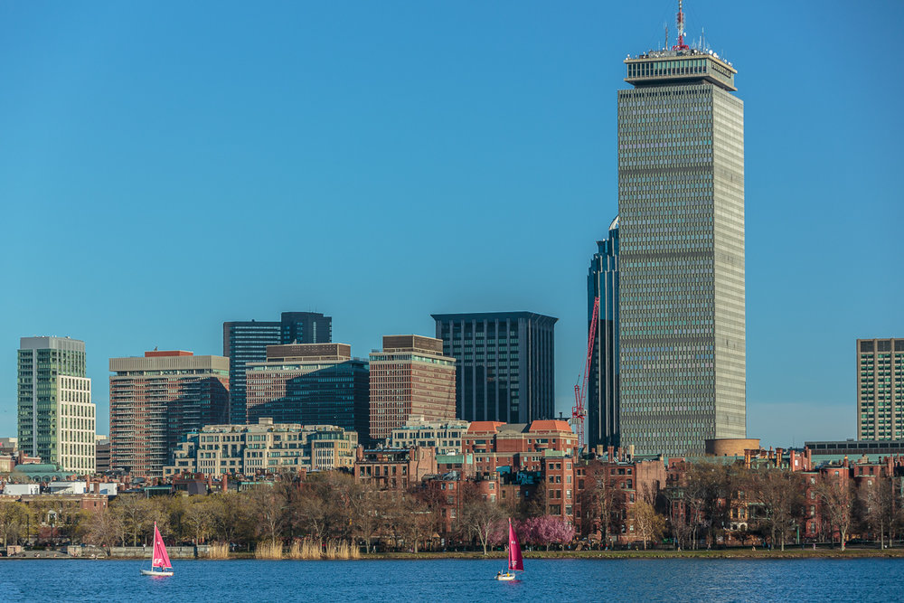 Charles River Scene from the Cambridge side  Shot with Canon 70-20mm f2.8 L IS II, 1/125 SEC AT f 5.6