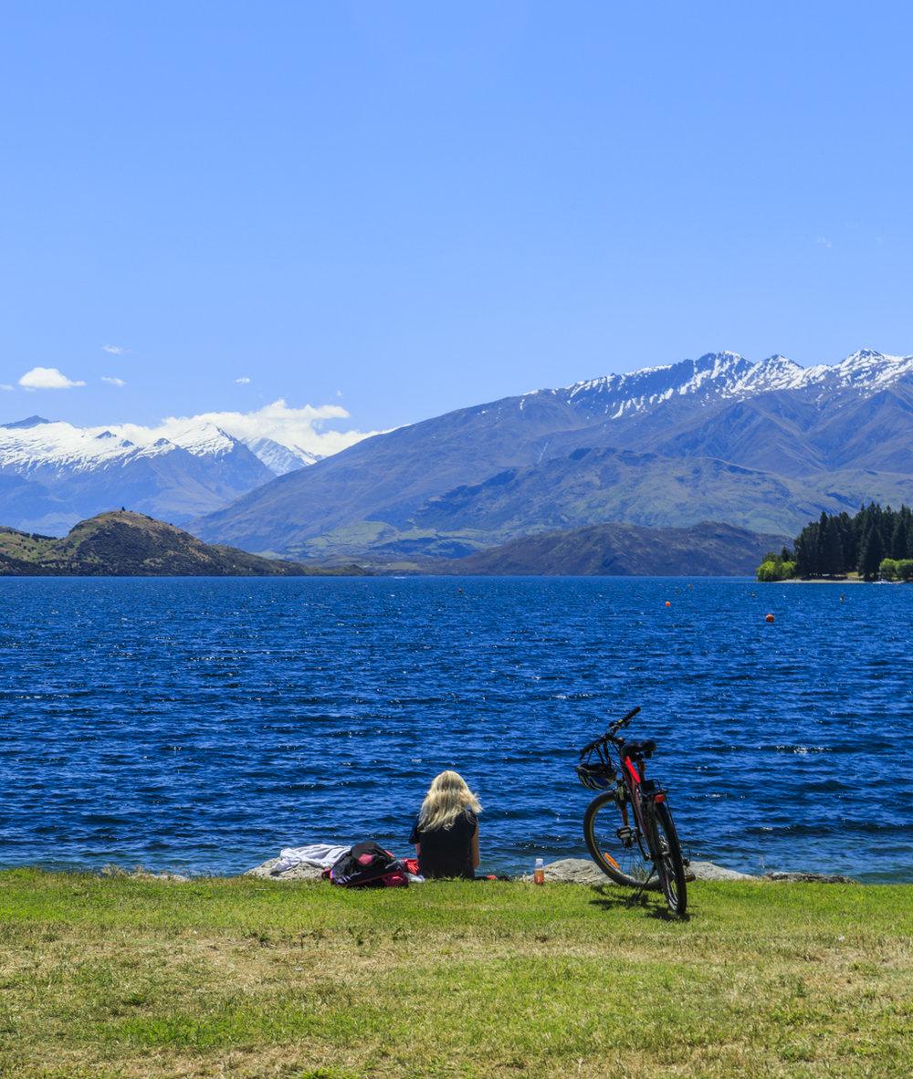Lake Wanaka Scene