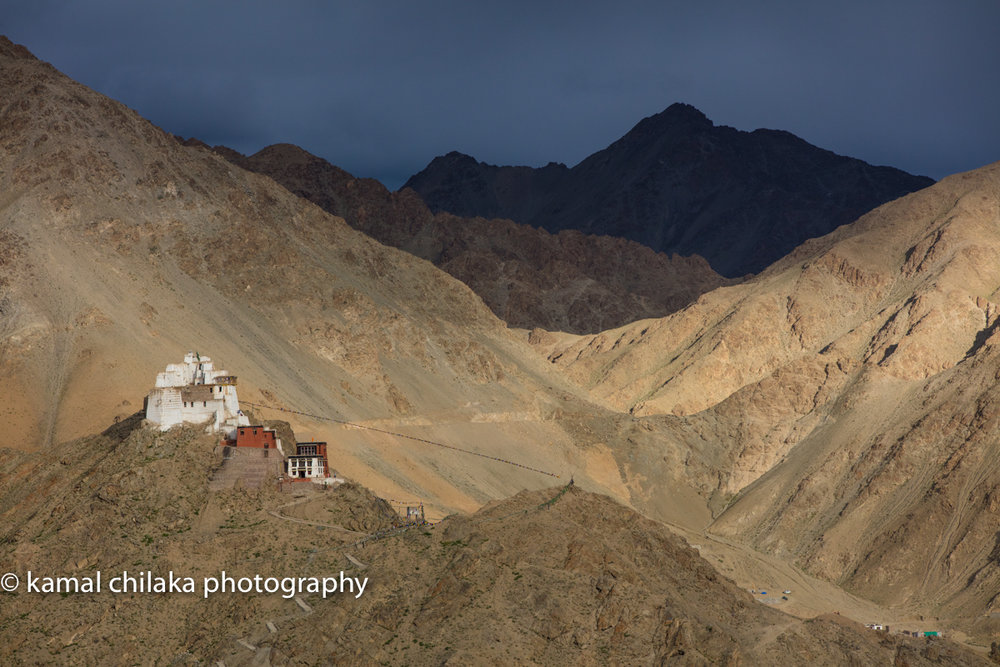 View of Namgyal Tsemo Monastery from Shanti Stupa  Canon 5DSR , 70-200 f2.8 L IS II, 1/800 SEC @ f8, ISO 400