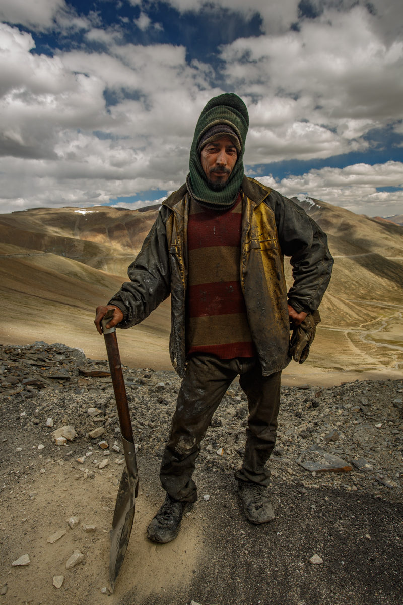 Road Worker at Taglangla Pass. 17,480 ft above sea level.