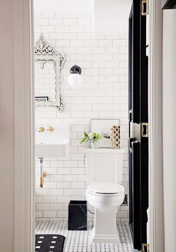 venetian-mirror-retro-bathroom