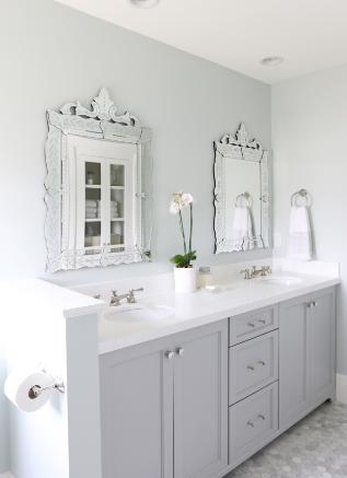 venetian-mirror-bathroom
