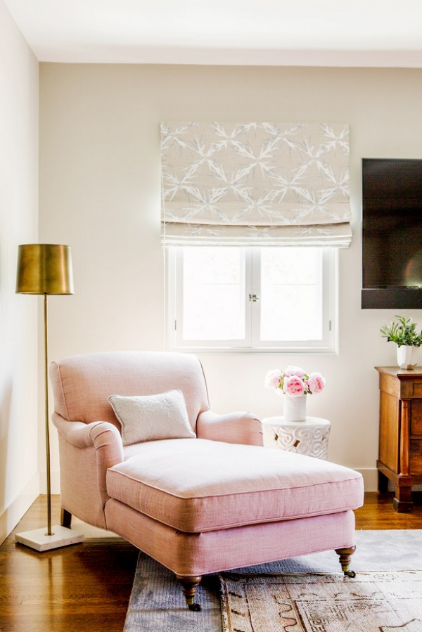pink-chaise-nook