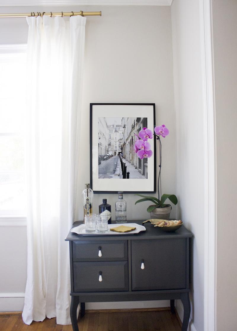 corbin-thomas-blue-door-living-the-everygirl-1.jpg