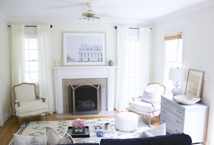 blue-door-living-living-room