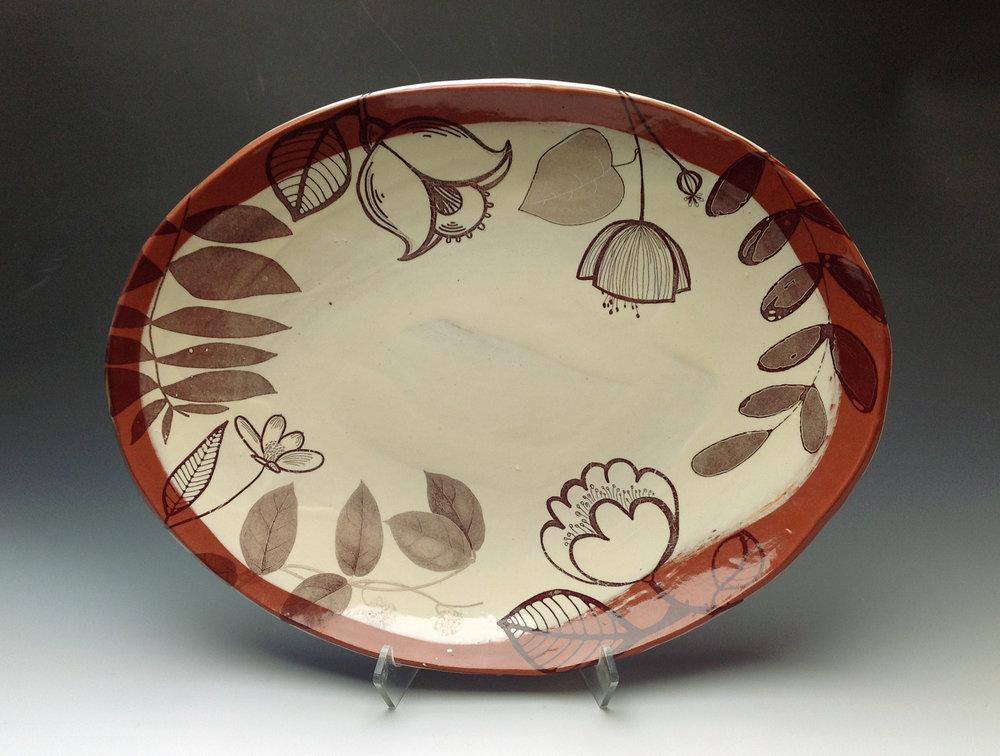 Platter_earthenware.JPG
