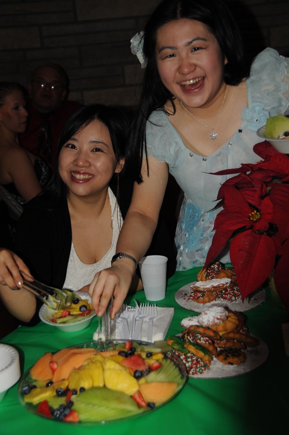 2014 12-12 SBU Zhen & YingYu.JPG