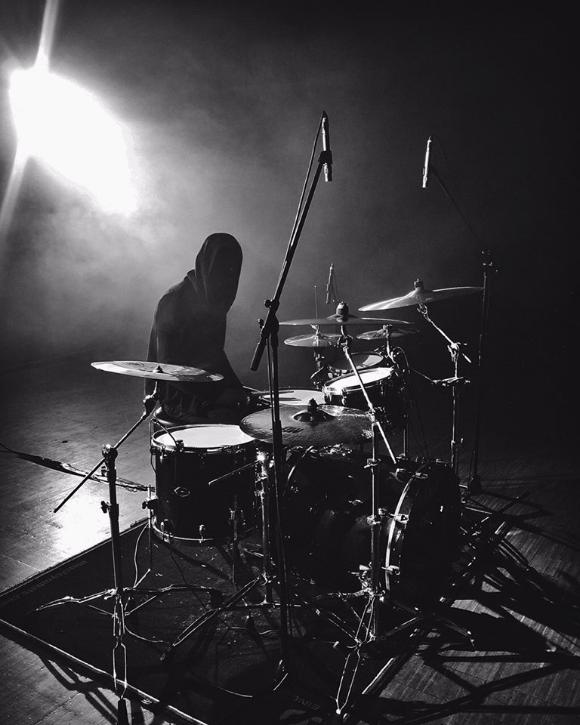 Paul Seidel. Schlagzeuger und Songschreiber bei Nightmarer.