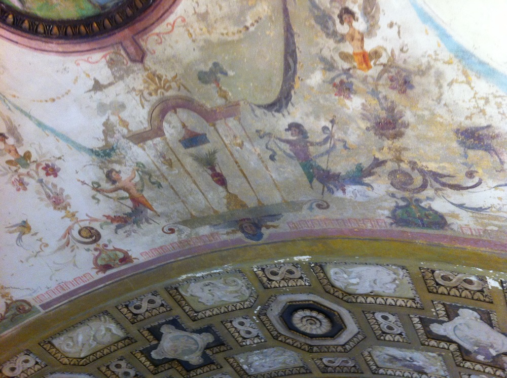 Bellvader's ceiling before restoration