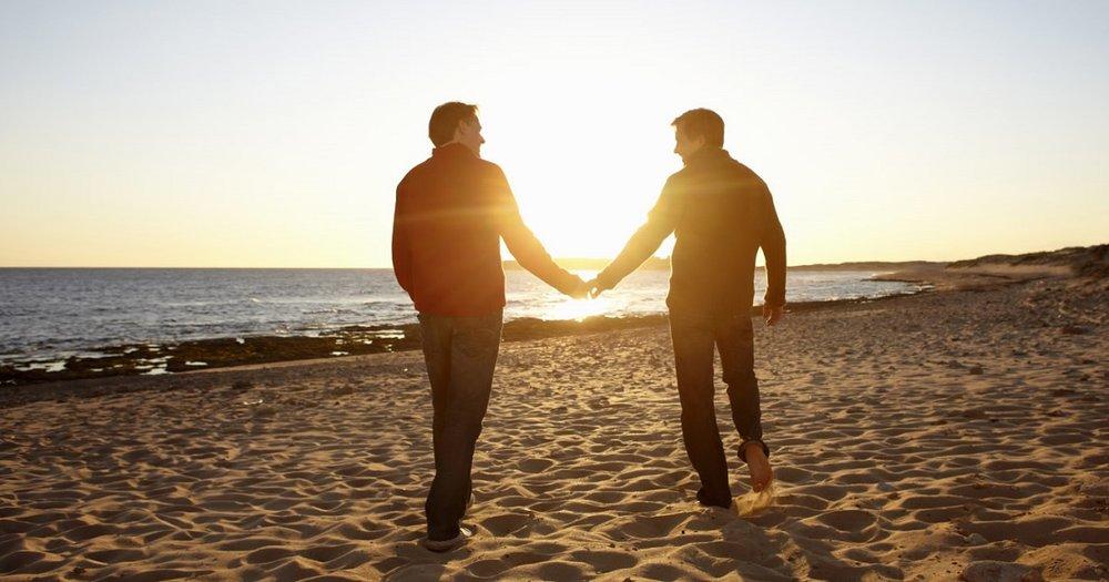 couples Surprise beach sex