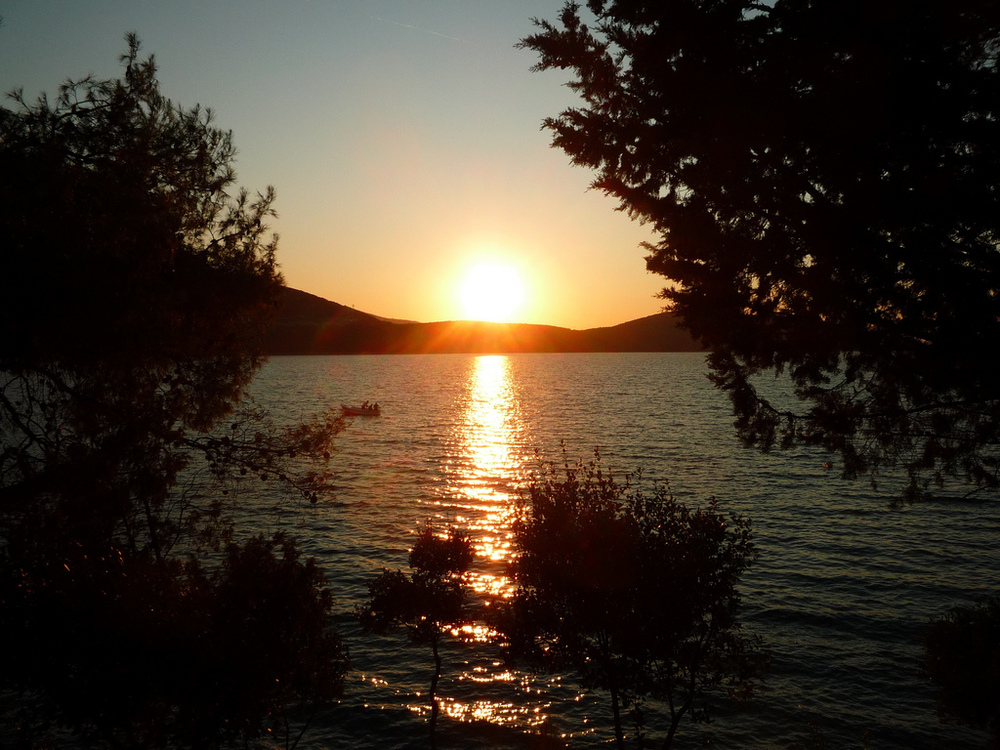 Yoga-and-Pilates-Retreat-in-Croatia-neum_sunset.jpg