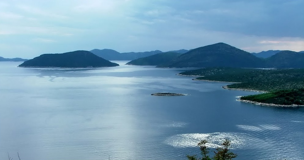 Yoga-and-Pilates-Retreat-in-Croatia-Peljesac-Panorama-Blue_b.jpg