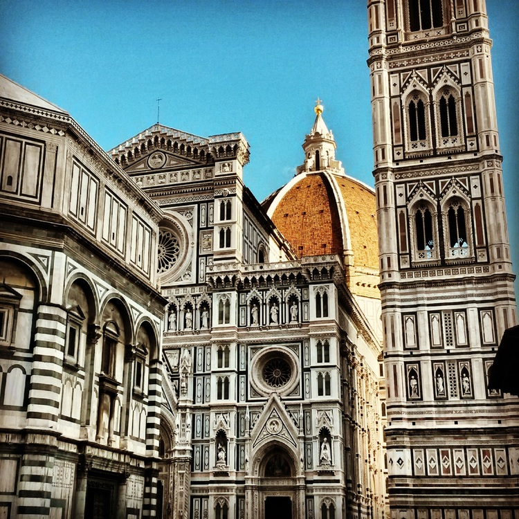 Florence Appetite - Experience Florence, the capital of Tuscany, where eating meets art!! Browse local markets, indulge in aperitivo & create your own gelato!