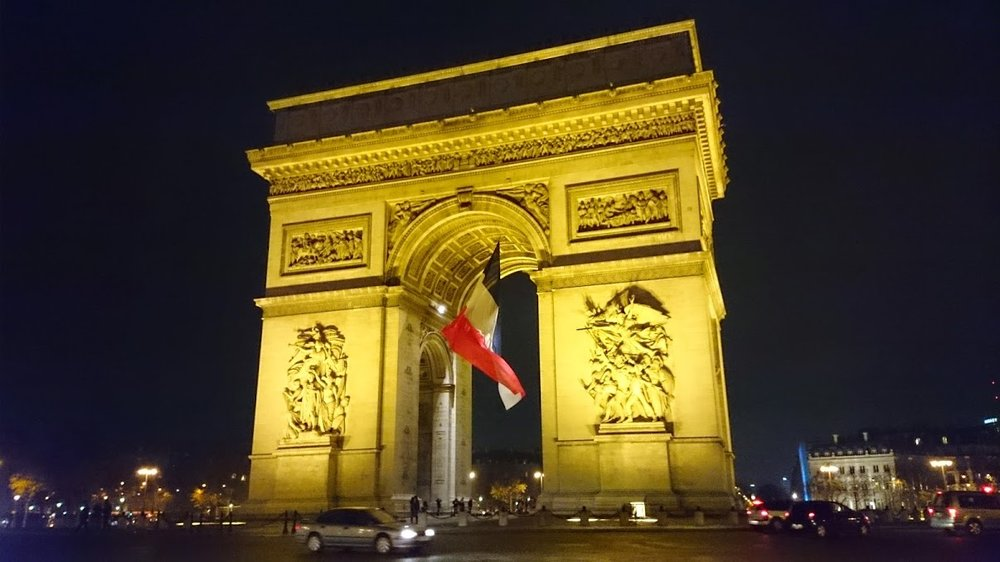 French & Gastronomy - Immerse in the gastronomy & language of Paris! This is your chance to learn French & French cuisine in one unique experience!