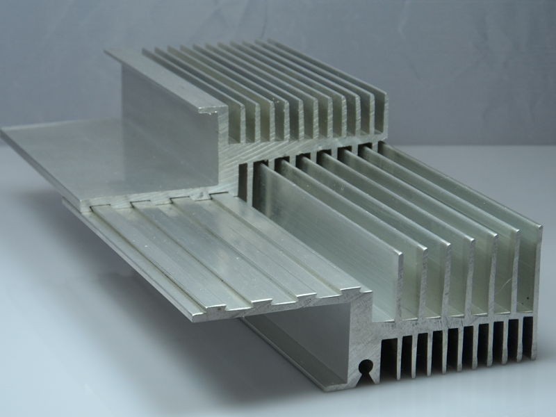 2-Interlocking-Heat-Sinks.jpg
