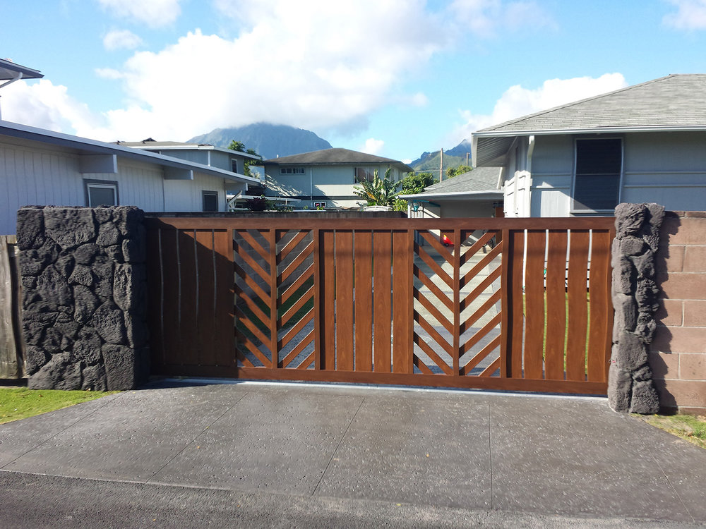 Knotwood - fencing solutions