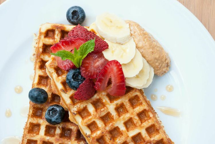 OAT FLOUR PROTEIN WAFFLES -