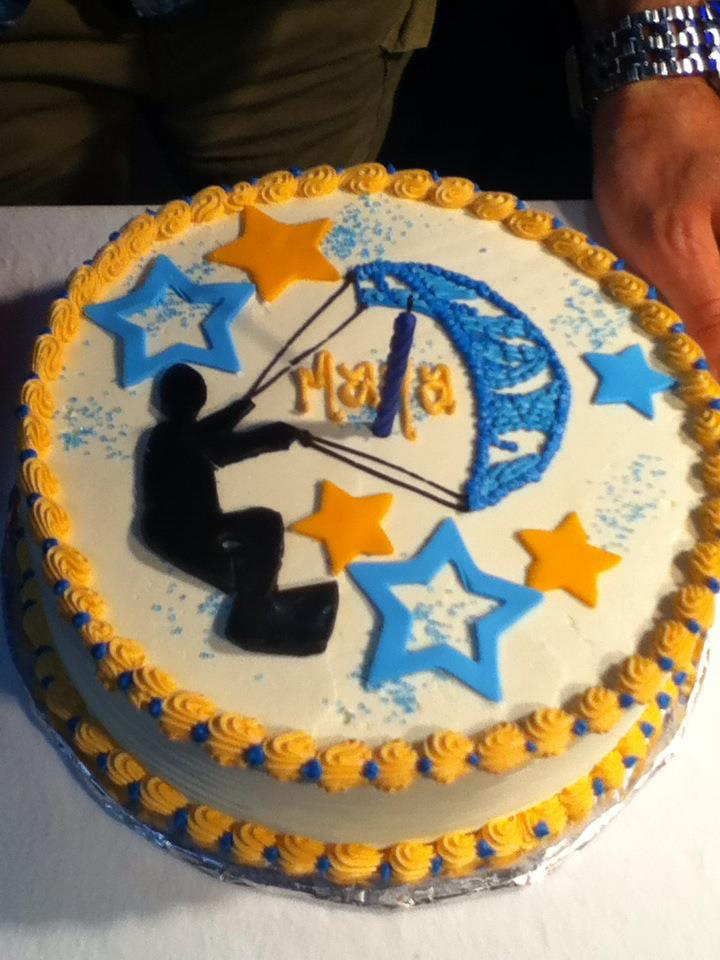 kitesurf birthday cake