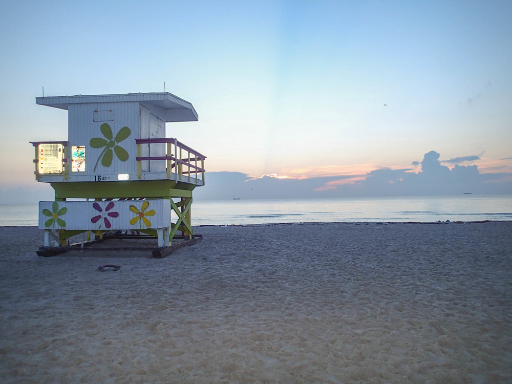 lifeguard hut south beach