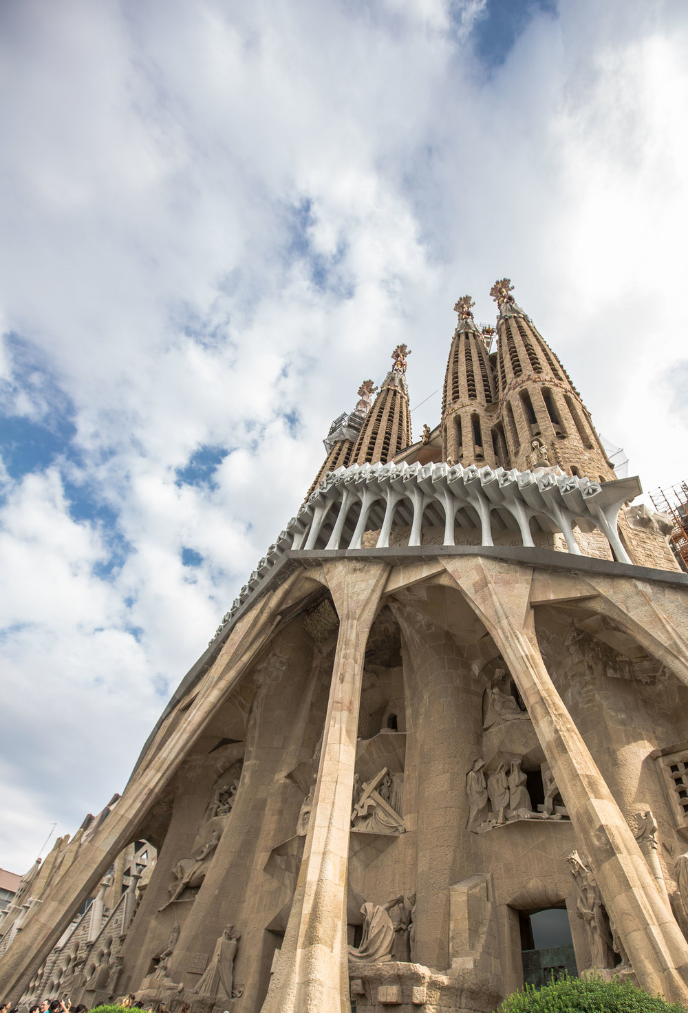 Sagrada-familia-barcelona-travel-guide-caribbeansnowflake.com
