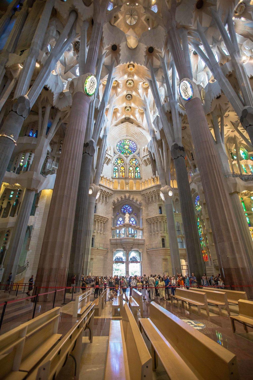 sagrada-familia-guided-tour-barcelona