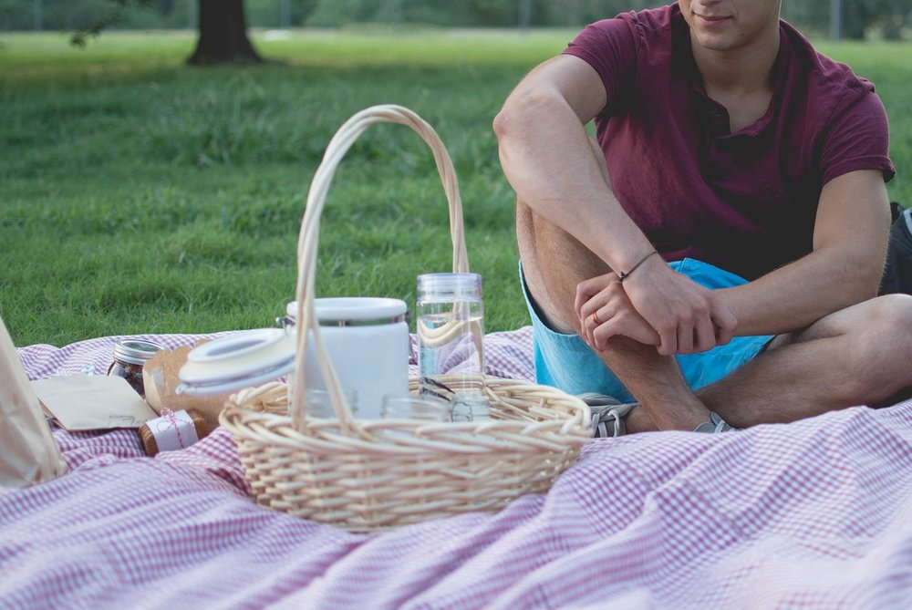 Soy-free picnic foods are easy to find - IMAGE VIA PIXABAY