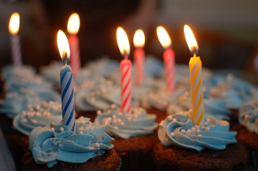 Free birthday desserts may contain soy; be careful! - IMAGE VIA PEXELS