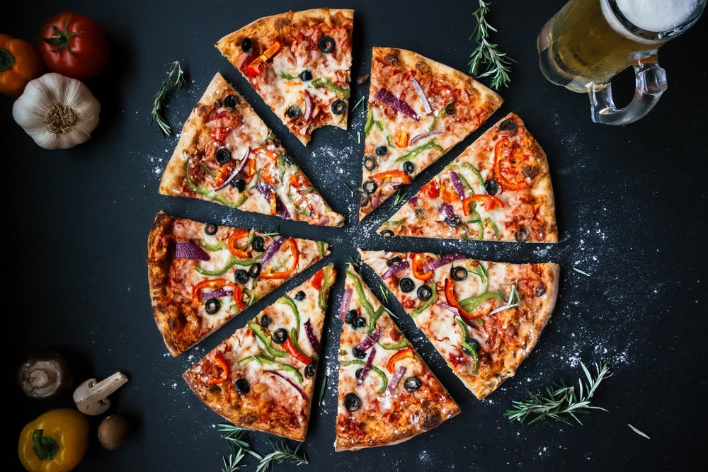 By checking allergen menus we were able to find soy-free pizza - IMAGE VIA PEXELS