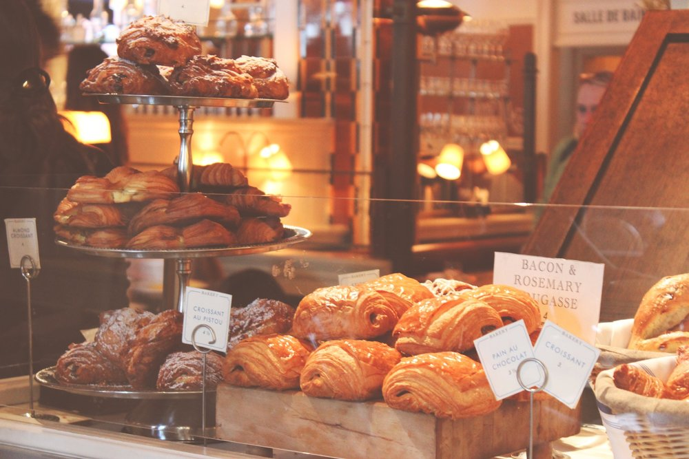 Panera has many soy-free options, but avoid cinnamon to stay soy-free - IMAGE VIA PEXELS