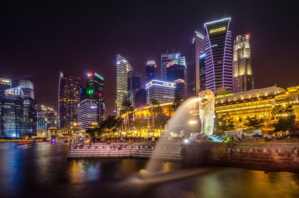 Singapore is a vibrant city that is possible to explore soy-free! - IMAGE VIA PEXELS